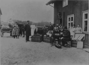 Norderhov landhandleri i 1906 hvor min farfar, Christian Peckel var bestyrer en periode. b