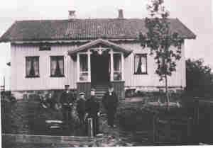 Guslund Østre 1910   0229-001-0129