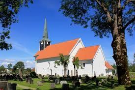 Enebakk kirke sommer